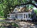 McKennon-Shea House 001.jpg