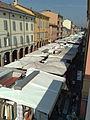 Mercato in Via Emilia.jpg