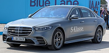 Mercedes-Benz W223 580 e IAA 2021 1X7A0258.jpg