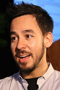 Mike Shinoda World Expo 2008 (cropped).jpg