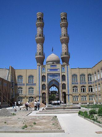 Jameh Mosque of Tabriz - Image: Minarets masjed e jomeh tabriz