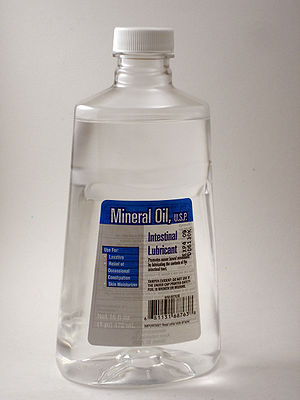 Mineral oil bottle as sold in the U.S., front.