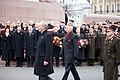 Ministru prezidents Valdis Dombrovskis vēro Rīgas garnizona vienību militāro parādi pie Brīvības pieminekļa (8175010520).jpg