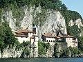 Monastero di Santa Caterina del Sasso - panoramio.jpg