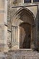 Montebourg Église Saint-Jacques Portail du chœur 2019 08 18.jpg