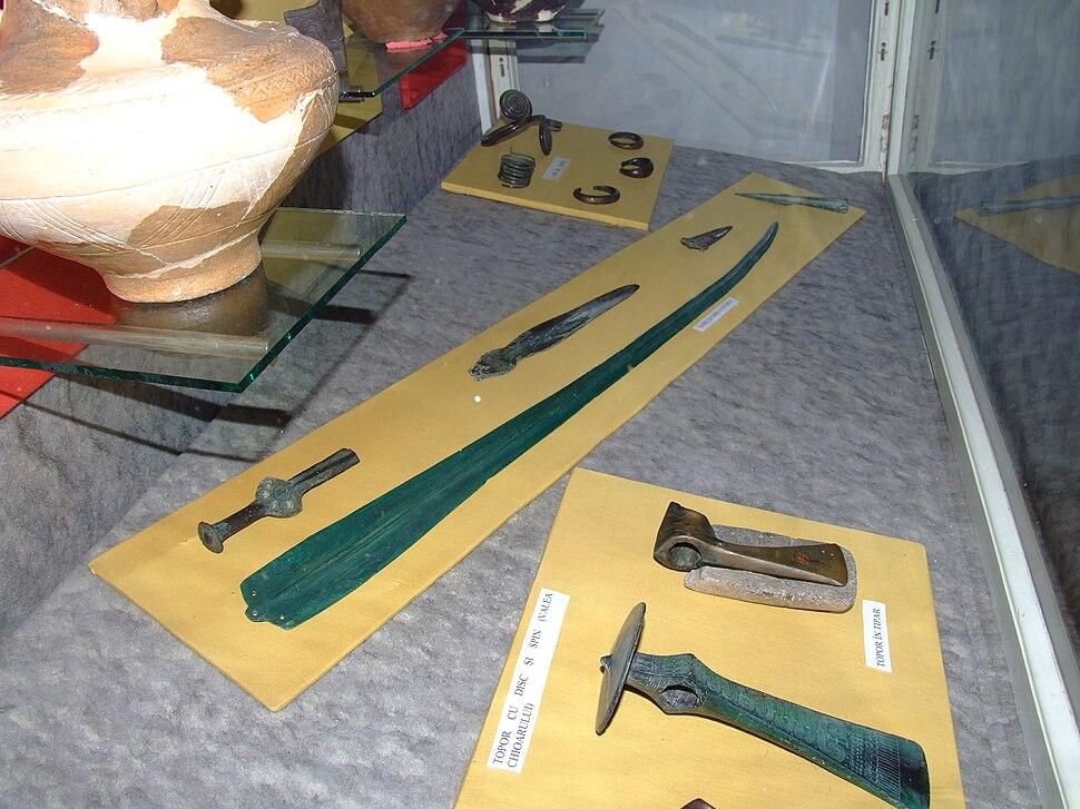 Mycenaean sword and Wietenberg culture axes at National Museum of Transylvanian History 2007