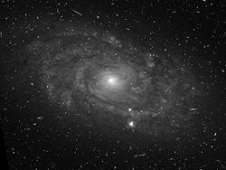 NGC513-HST-606.jpg