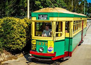Sydney Tramway Museum - Image: NSWDRTT R1 class Tram 1979 during shuttle run