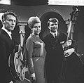 Nationaal Songfestival 1966. Helen Shepherd en combo, Bestanddeelnr 918-7527.jpg
