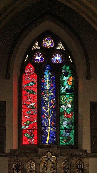 Nettlebed - Chancel east window by John Piper and Patrick Reyntiens in St Bartholomew's parish church