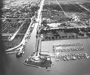 New Basin Canal - Image: New Basin Canal Air View 1948
