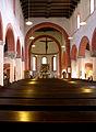 Nikolaikirche innen.jpg