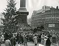 Norsk juletre på Trafalgar Square, slutten av 1940-tallet.jpg