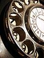 Old bakelite phone.jpg