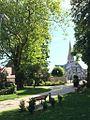 Parc de la mairie de Plailly.jpg