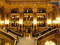 Paris l'Opéra Garnier Le grand escalier.jpg