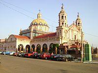 Parroquia de San Francisco de Asís, de costado.JPG