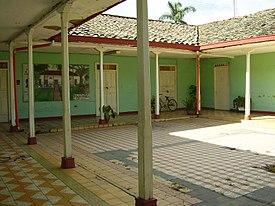 Patio wikipedia la enciclopedia libre - Fotos de patios de casas ...
