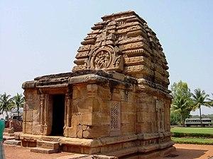 Sukanasa - Image: Pattadakal si 1479