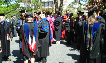 Doctors at a graduation ceremony in the United States. - Academic dress