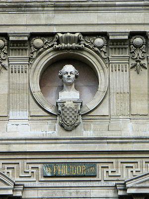 François-André Danican Philidor - Philidor's bust on the façade of the Opera Garnier in Paris