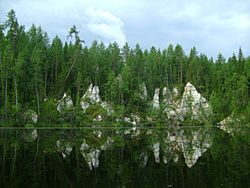 Pinega lake Eraskino 01.JPG