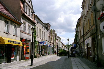 Polski: ulica GrunwaldzkaDeutsch: Grunwalder StrasseEnglish: Grunwaldzka Street