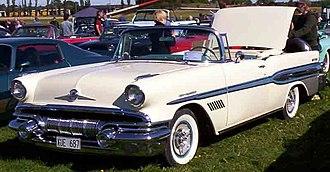 Pontiac Bonneville - 1957 Pontiac Star Chief Custom Bonneville convertible