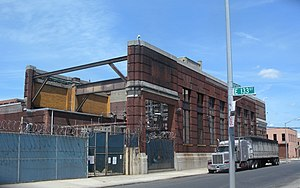 133rd Street (Manhattan) - Derelict plant on 133rd Street in the Bronx