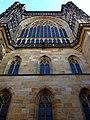 Prag - Veits-Kathedrale auf dem Hradschin - Teil der Nordfassade - Katedrála svatého Víta, Václava Vojtěcha - Část severního průčelí - panoramio (1).jpg