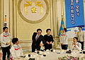 President Lee meets with heroes of Vancouver Olympics.jpg