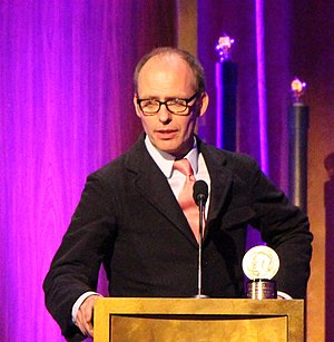 Hugo Blick - Image: Producer Hugo Blick accepts the Peabody for The Honourable Woman