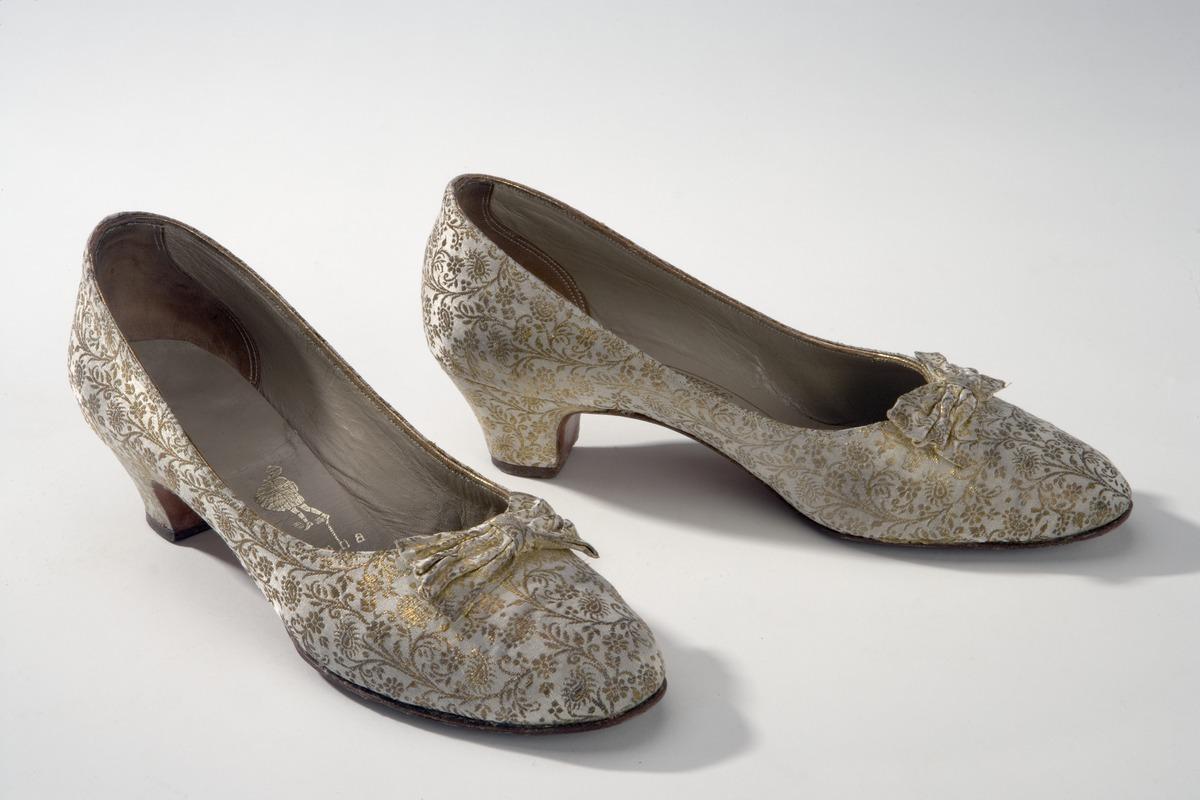 Court Shoe Wikipedia