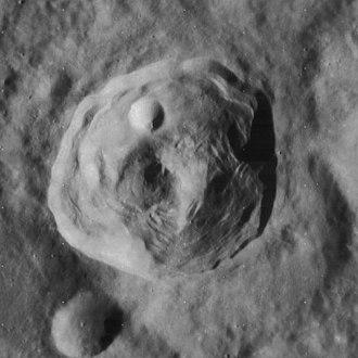 Römer (crater) - Image: Römer crater 4073 h 3