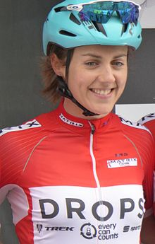 Rebecca Durrell - 2017 Tour Series (Motherwell, pre-race).jpg