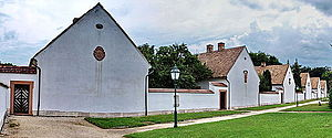 Oroszlány - Image: Remeteházak (11916 11931. számú műemlék)