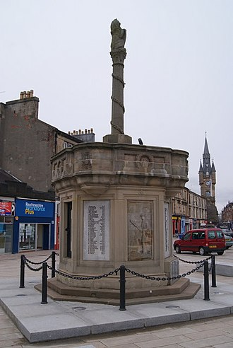 Renfrew - Renfrew's mercat cross and war memorial.
