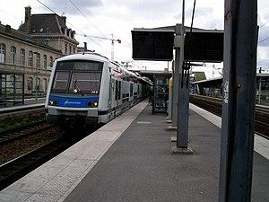 Pantin Station - Image: Rer E Voha Pantin