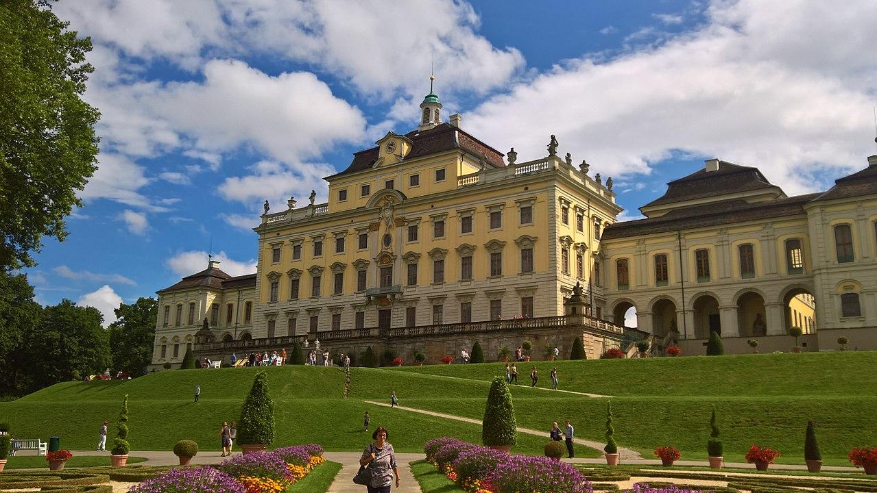 Residenzschloss Ludwigsburg Nordseite.jpg