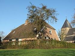 Rheden, monumentale boerderij RM32990 en Dorpskerk RM42087 foto12 2012-03-21 08.15.jpg