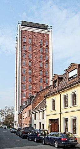 Rheinberg, Underbergturm, 2012 04 CN 01