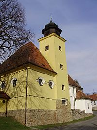 Roubanina, kostel.jpg