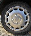 Rover 100 Kensington SE hubcap.jpg