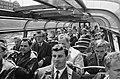 Russisch elftal op doorreis naar Chili (in een rondvaartboot), Bestanddeelnr 913-9295.jpg