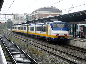 Apeldoorn railway station - NS sprinter service at the railway station in 2011