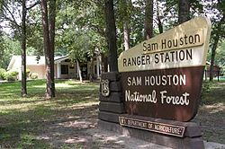 Sam Houston National Forest sign.jpg