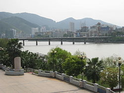 Liedong Bridge (列东大桥) over Sha River (沙溪)