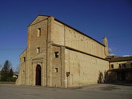 Il santuario della Santissima Annunziata di Montecosaro, edificato nel 1125, monumento nazionale dal 1902.