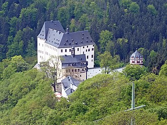 Imperial County of Reuss - Image: Schloss Burgk vom Saaleturm