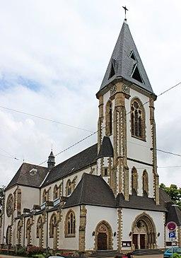 Die katholische Pfarrkirche St. Martin in Schwalbach, Landkreis Saarlouis, Saarland